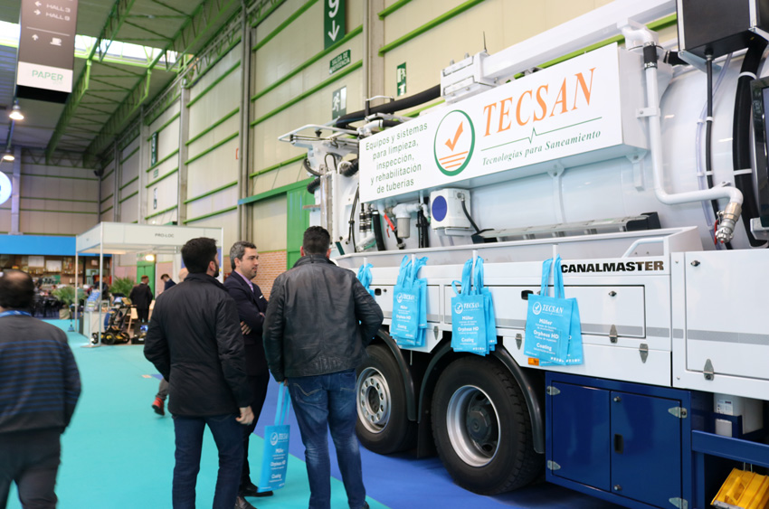 camión de limpieza Müller con reciclaje de agua